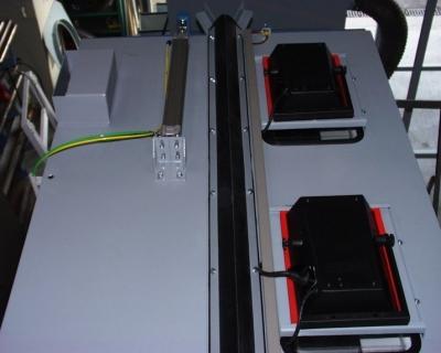 Deckenöffnung für Kranführung in Strahlkabine
