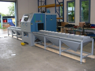 Blast Cabinet with Roller Conveyor