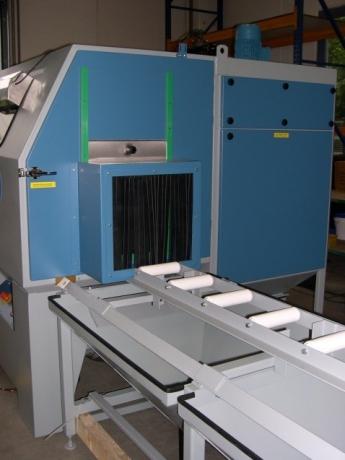 Blast Cabinet Roller Support (3)