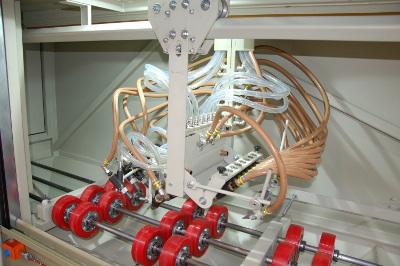 Scaffolding blast cabinet nozzles